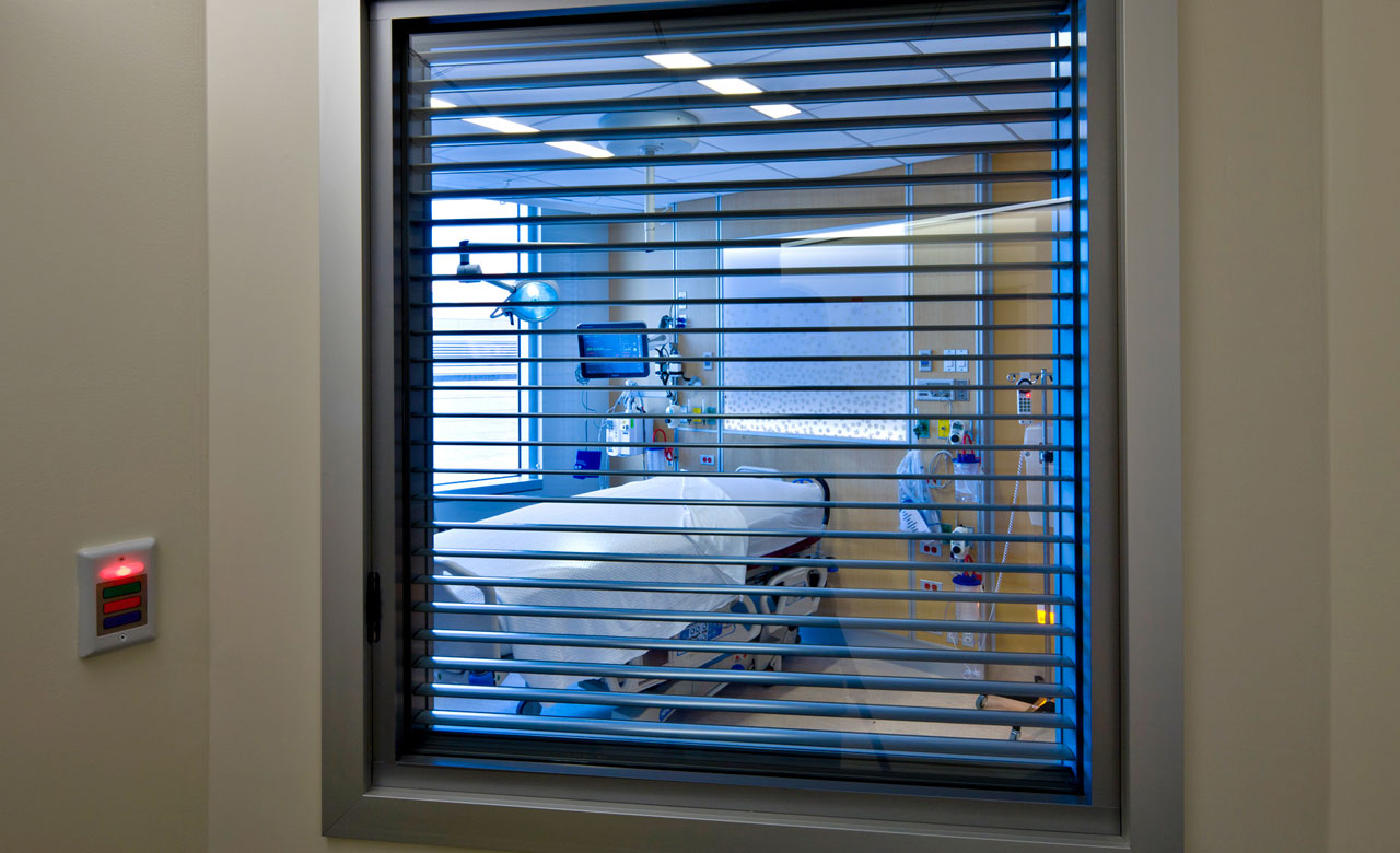 ICU mirror images facing into an external nurses station